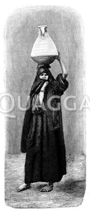 Fellachin (Ägypten) mit einem Wasserkrug auf dem Kopf