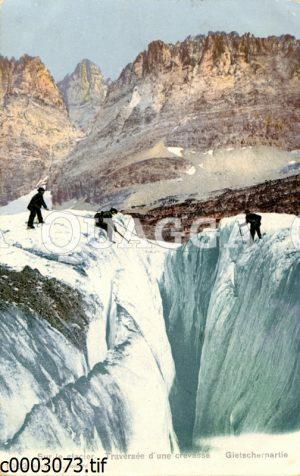 Bergsteiger auf einem Gletscher