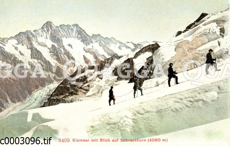 Bergsteiger im Eismeer