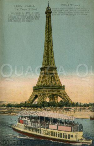 Paris: Eiffelturm mit Ausflugsschiff