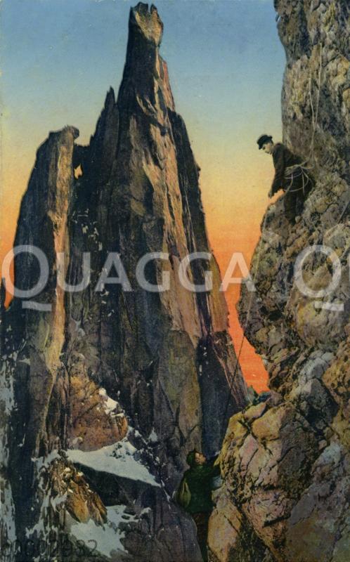 Bergsteiger an steilen Felsen