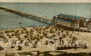 Binz auf Rügen: Strandpartie mit Seebrücke