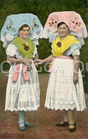 Zwei Spreewälderinnen in Tracht