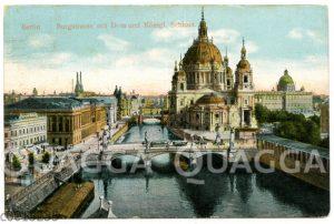 Berlin: Burgstraße mit dem Dom und dem Stadtschloss