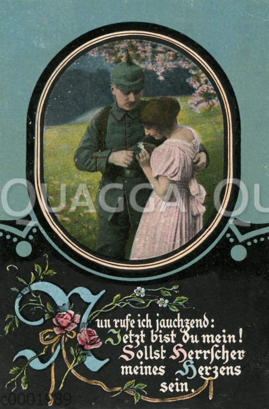 Soldat mit Pickelhaube und junge Frau