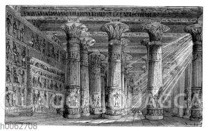 Saal in einem großen Tempel