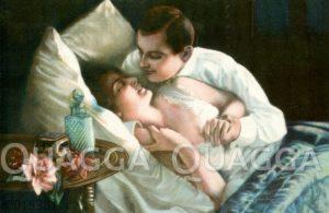 Liebespaar im Bett mit Parfumflacon