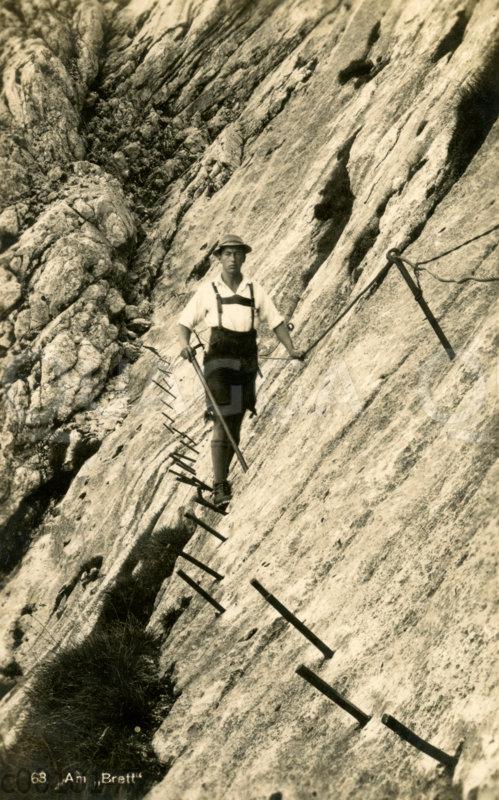 Bergsteiger an einer Steilwand