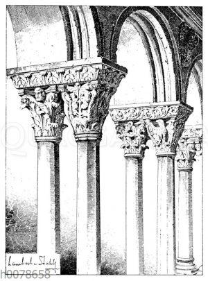 Säulen aus dem Kreuzgang von St. Trophime in Arles