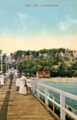 Sellin: Blick von der Seebrücke auf den Ort